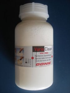 Donic Vario Clean 500ml Refil Pack with applicator sponges